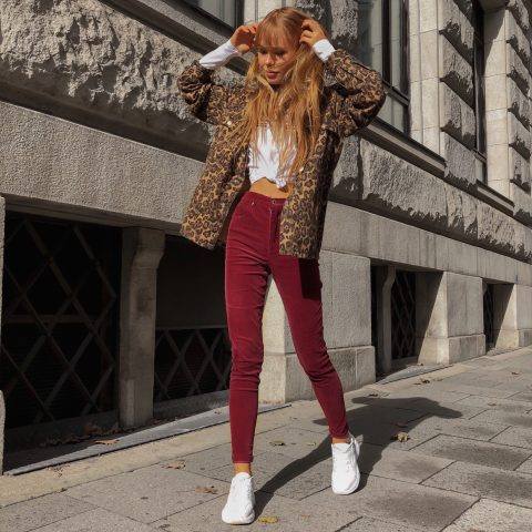 LEO JACKET AND RED JEANS